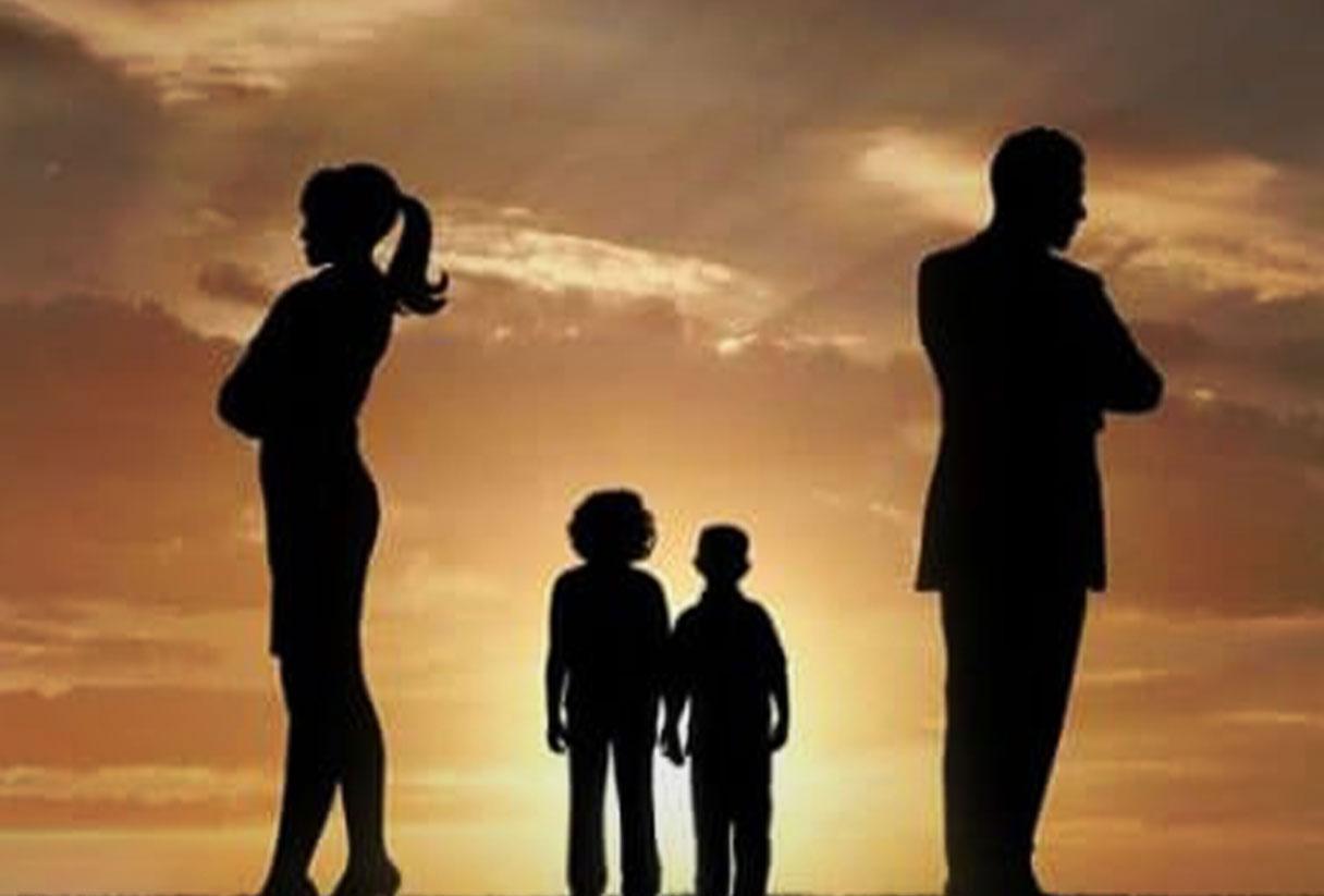 عوامل سلب حضانت از پدر